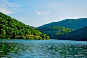 Niveli i ujit në liqenet akumuluese sipërfaqësore Batllava e Badoci