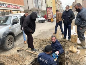 U sanua tubi i ujit në zonën e Fushë Kosovës,