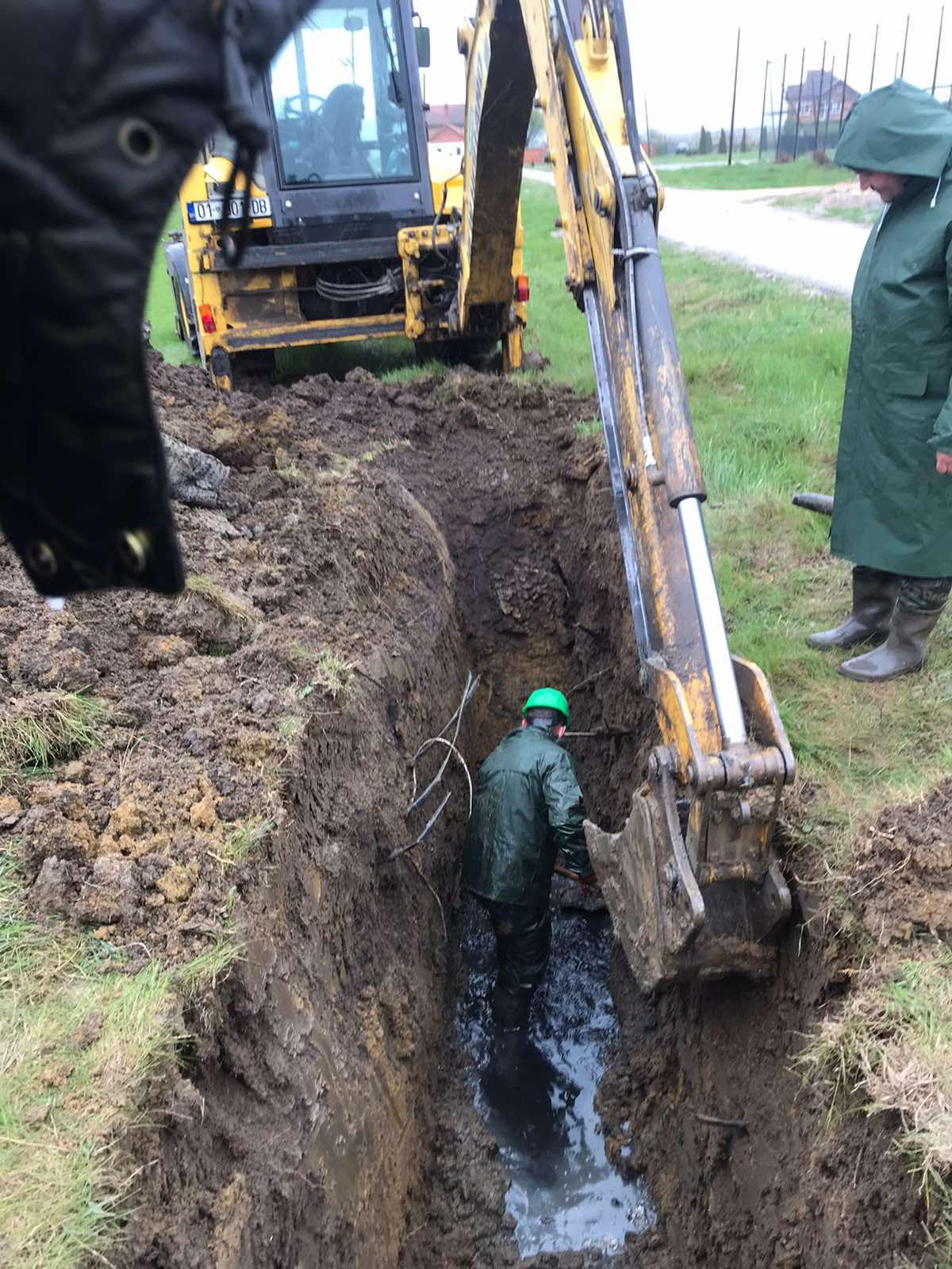 Intervenim në sistemin e rjetit të ujërave të zeza,në fshatin Henc