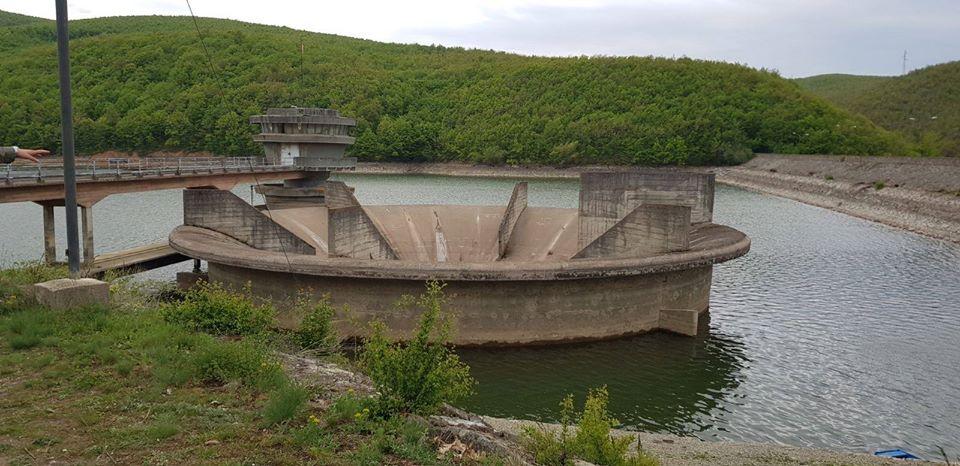 Gjendja e liqeneve akumuluese Batllava dhe Badoci,