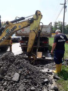E rëndësishme , riparimi i infrastrukturës së rrjetit të ujësjellësit!