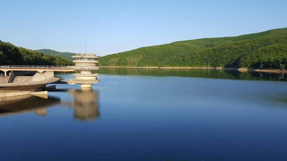 Liqenet akumuluese sipërfaqësore Batllava e Badoci,