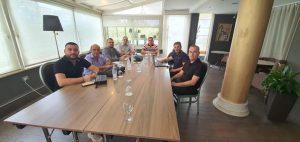 """Bordi i drejtorëve dhe menaxhmenti i lartë i KRU"""" Prishtina"""" të përkushtuar  në realizimin e objektivave të ndërmarrjes,"""
