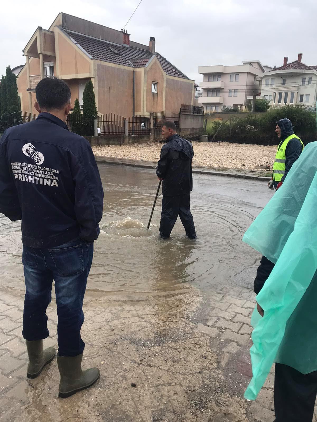 Vërshimet pas reshjeve atmosferike dhe çështja e ujërave fekale  ( kanalizimeve ) ,